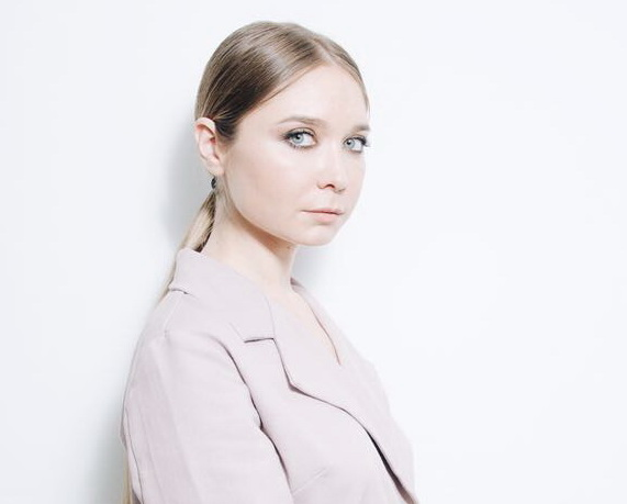 """Юлия Борзенкова, общественный деятель, руководитель """"Alvitr Gallery Art Club"""""""